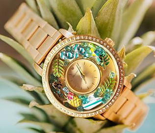 Is Origami Owl a good business? - Locket watch